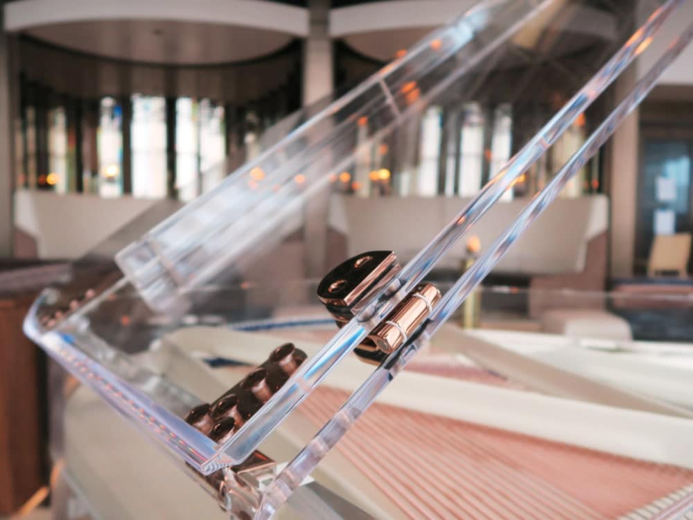 Lucid iDyllic fully transparent piano_02