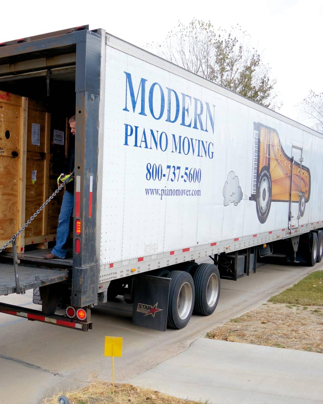 Piano delivery service