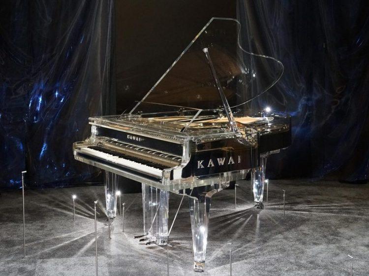 Kawai CR-1 M crystal piano