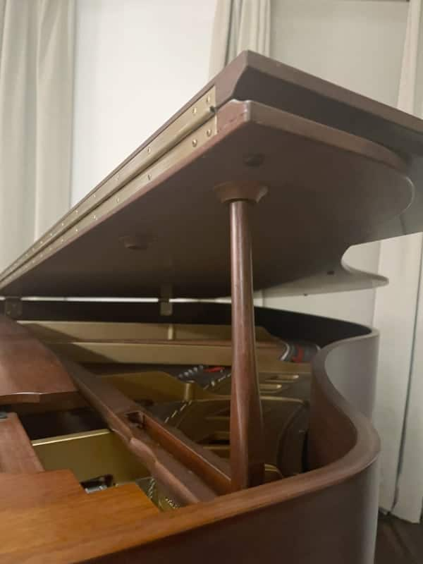 Piano lid short stick