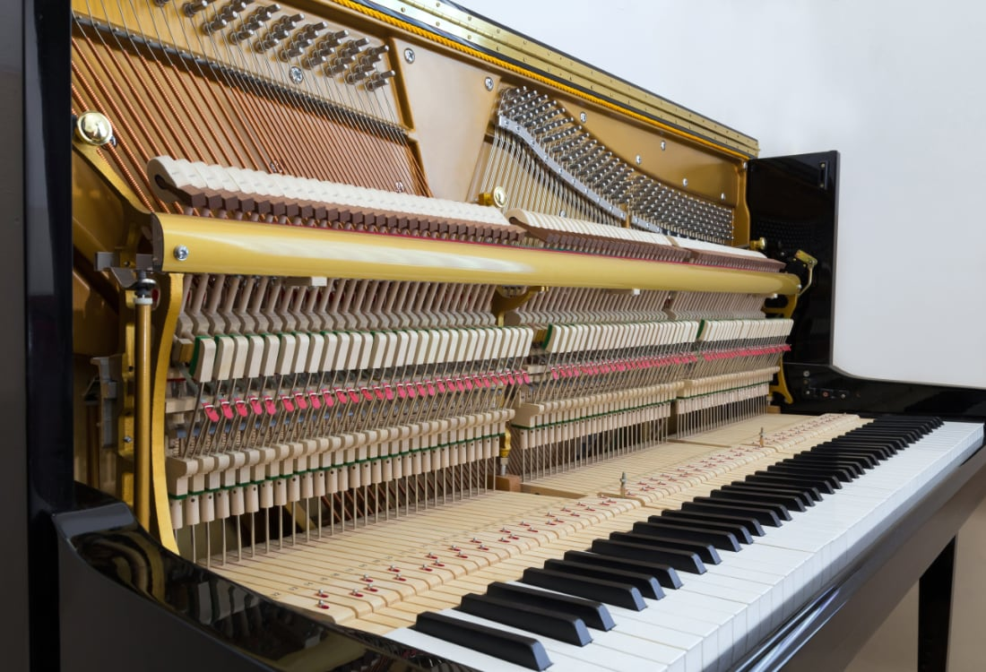 upright piano construction