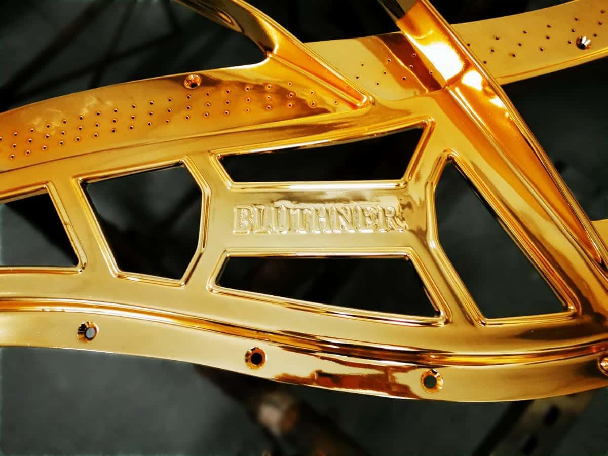 Bluthner Lucid gold plate_3
